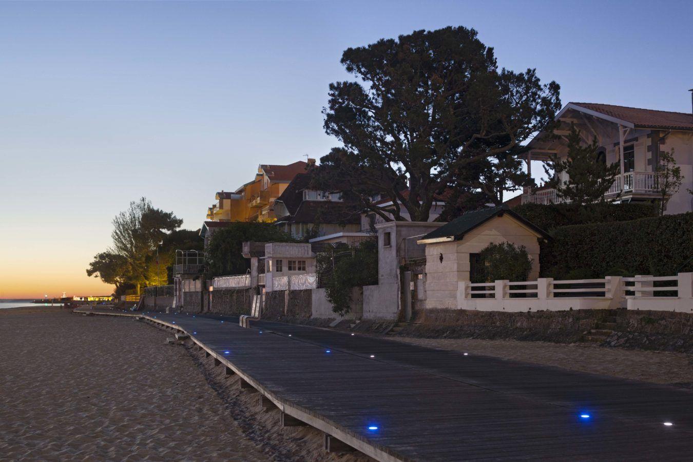 « Les planches » entre le port et place Peyneau - Mutabilis